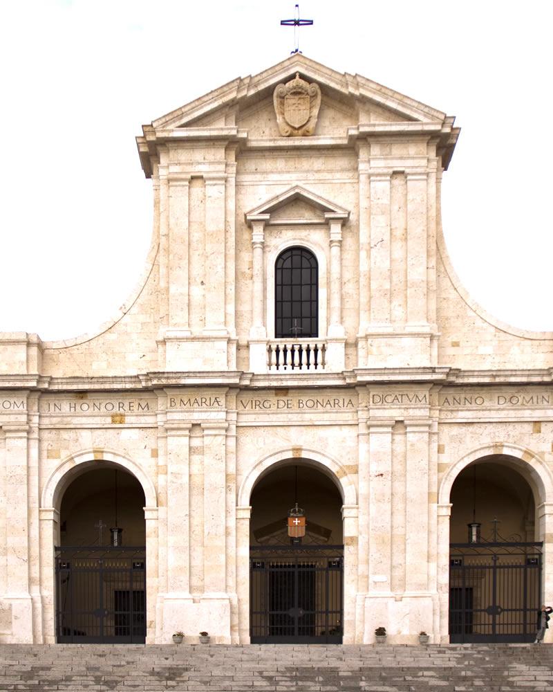 Basilica di Bonaria Hotel Mare Pineta